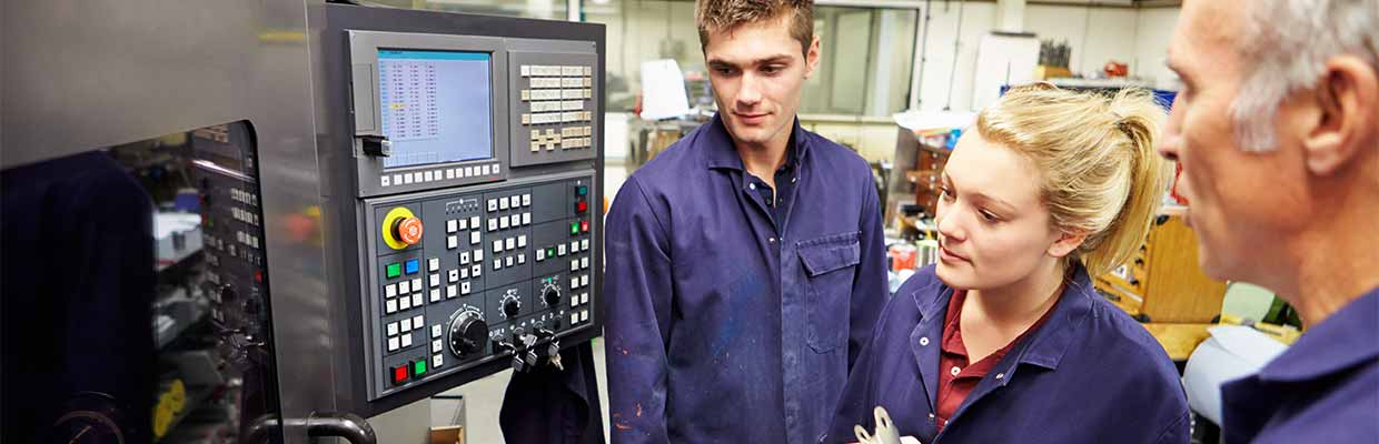 Top 3 Reasons to Undertake an Apprenticeship