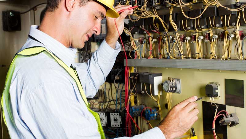 What does an Electrician do